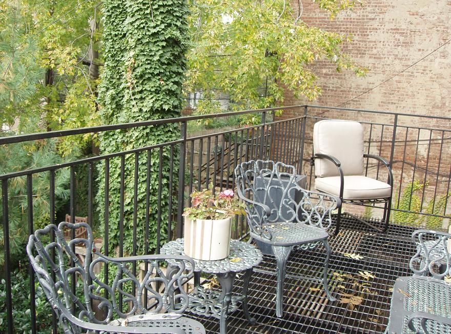 Federal Style 4 Story/3 Family Townhome Photo 5 - BROOKLYNBRIDGE-1209