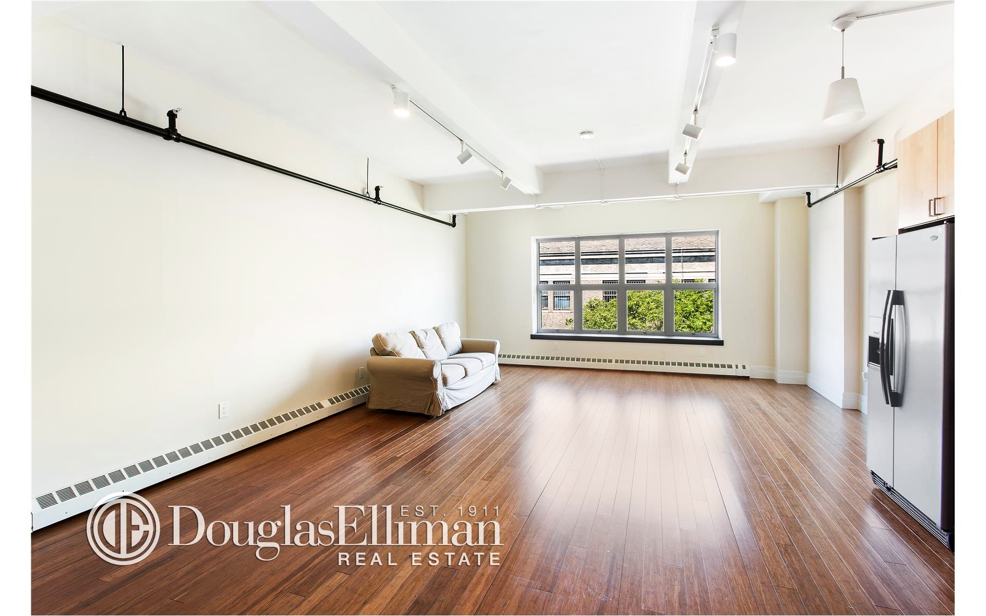 852 Cypress Ave, APT 3A Photo 0 - ELLIMAN-2198361