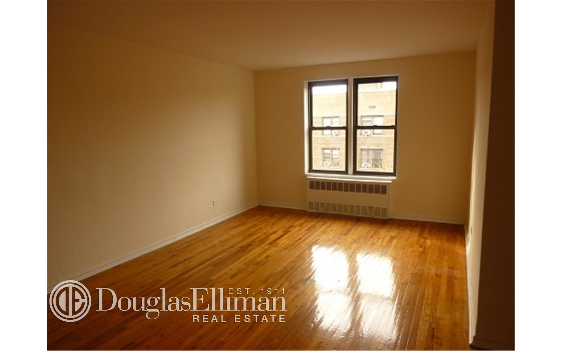 285 E 35th St, APT 7F Photo 1 - ELLIMAN-2322830