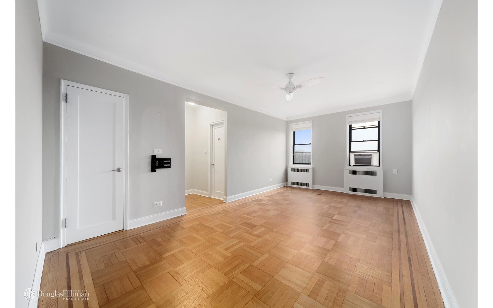 2835 Bedford Ave, APT 6G Photo 1 - ELLIMAN-2584371