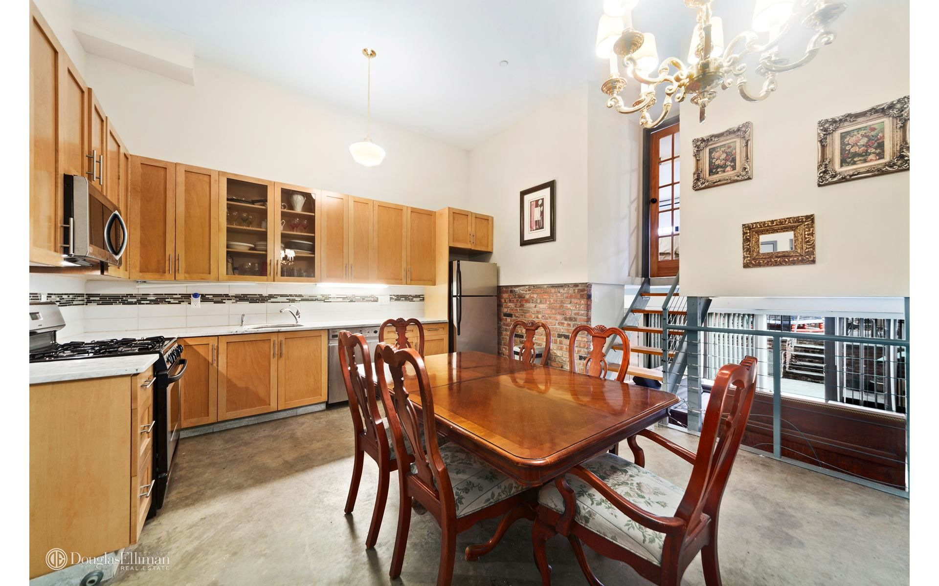37 Carroll St Photo 1 - ELLIMAN-2614114