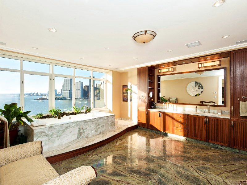 360 Furman St Photo 2 - NYC-Real-Estate-404829