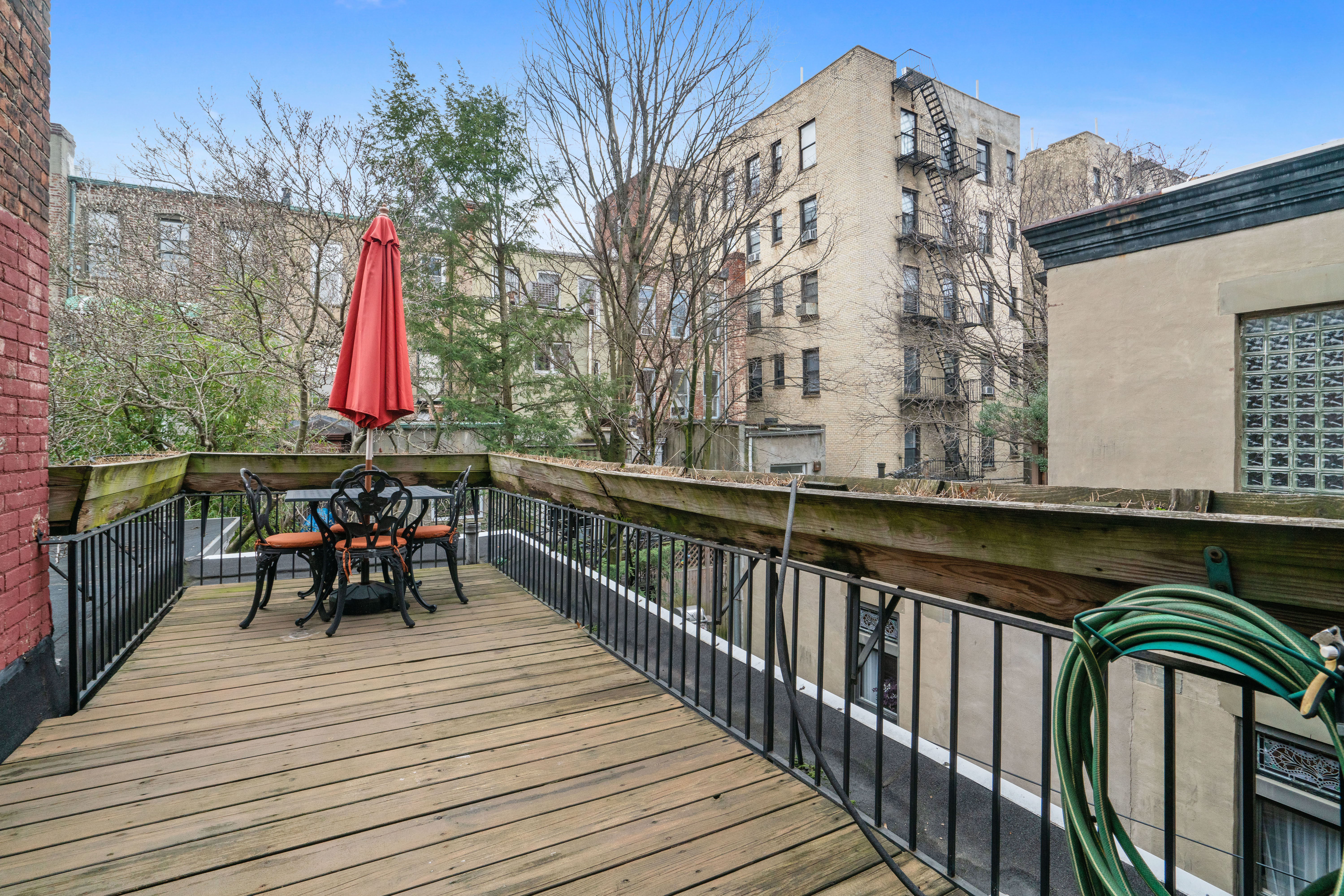 594 2nd St Photo 5 - BROWNSTONER-LISTING-47512a55ccfbbeb19b0a8fb315f62163