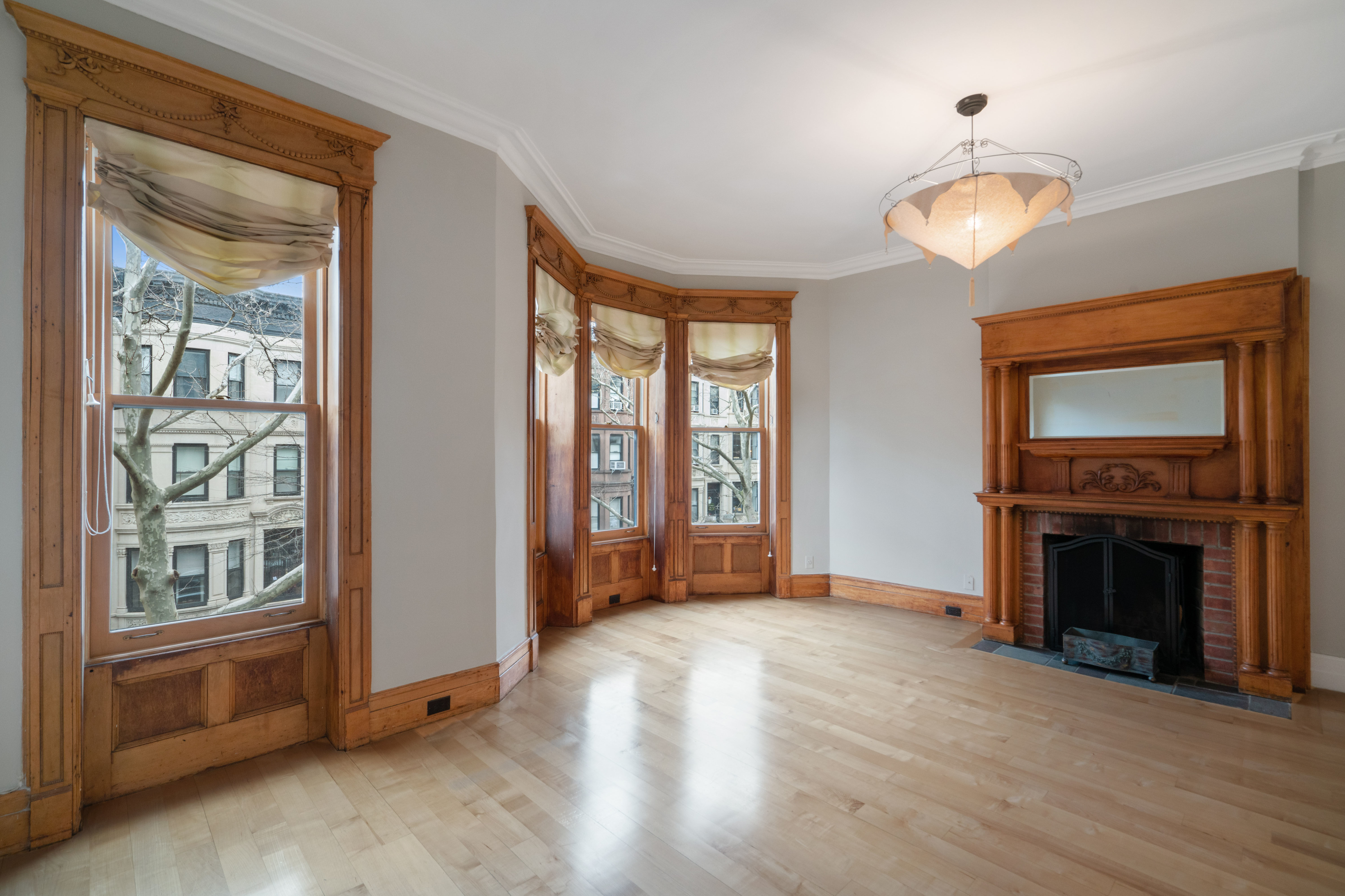 594 2nd St Photo 13 - BROWNSTONER-LISTING-47512a55ccfbbeb19b0a8fb315f62163