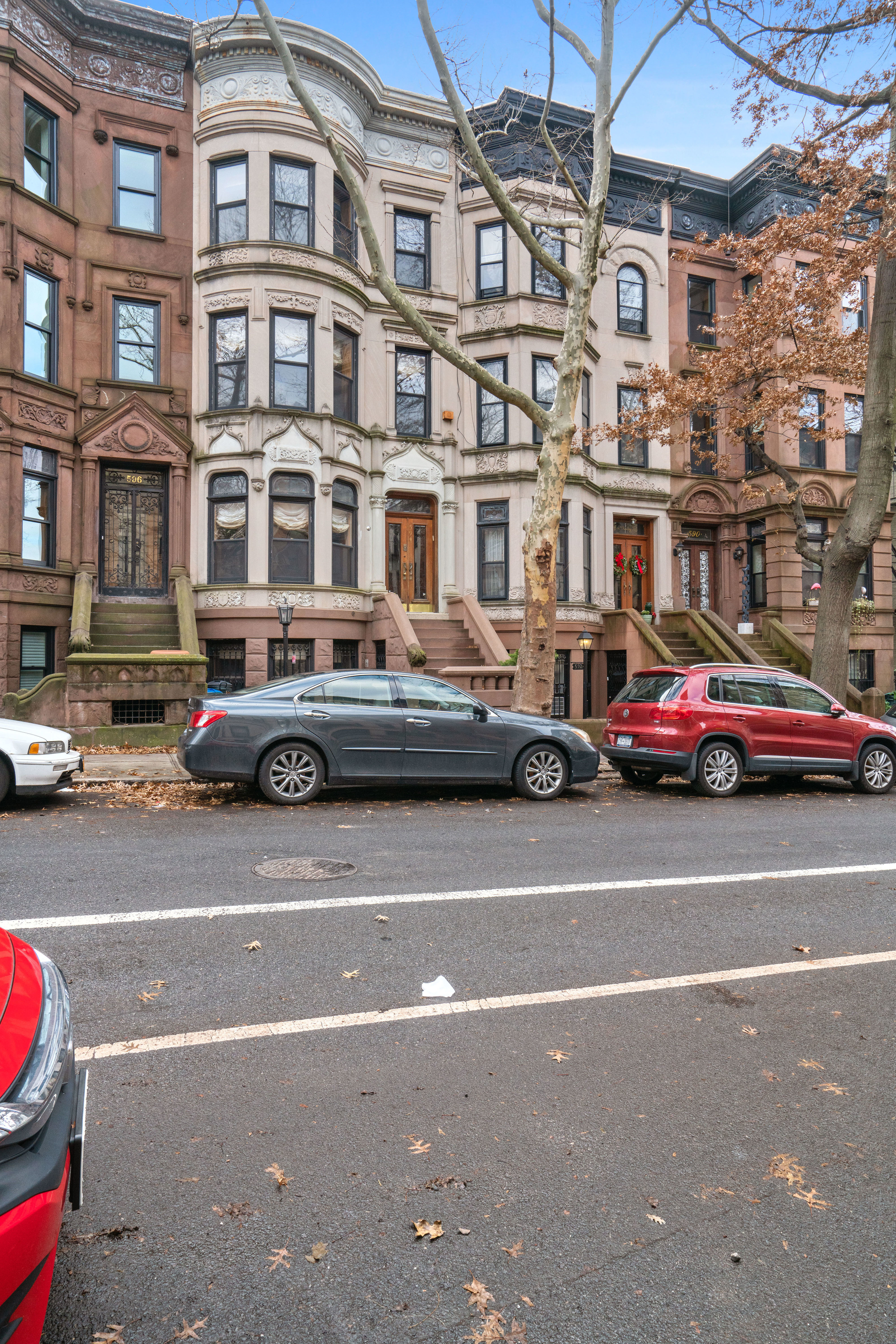 594 2nd St Photo 2 - BROWNSTONER-LISTING-47512a55ccfbbeb19b0a8fb315f62163