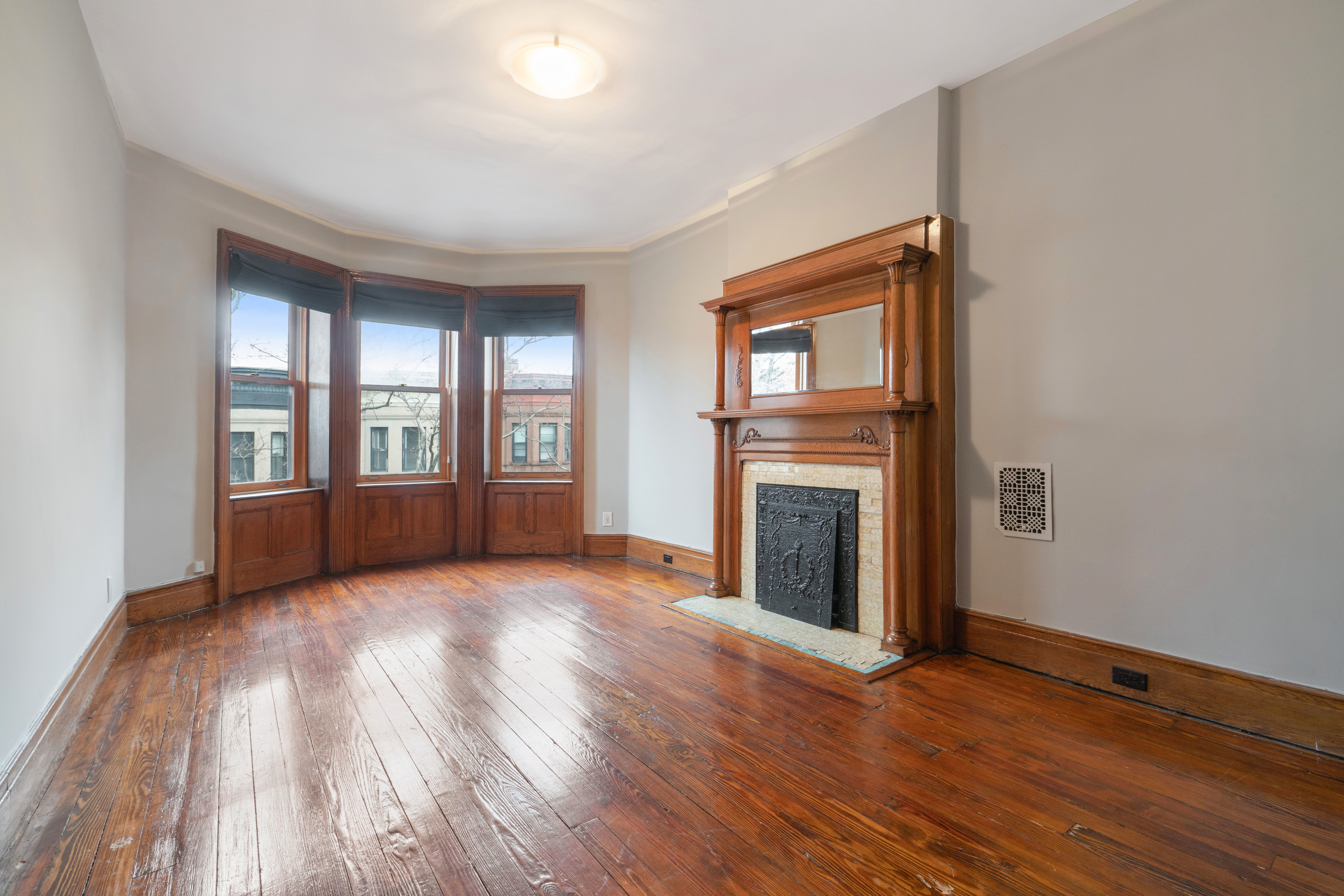 594 2nd St Photo 10 - BROWNSTONER-LISTING-47512a55ccfbbeb19b0a8fb315f62163