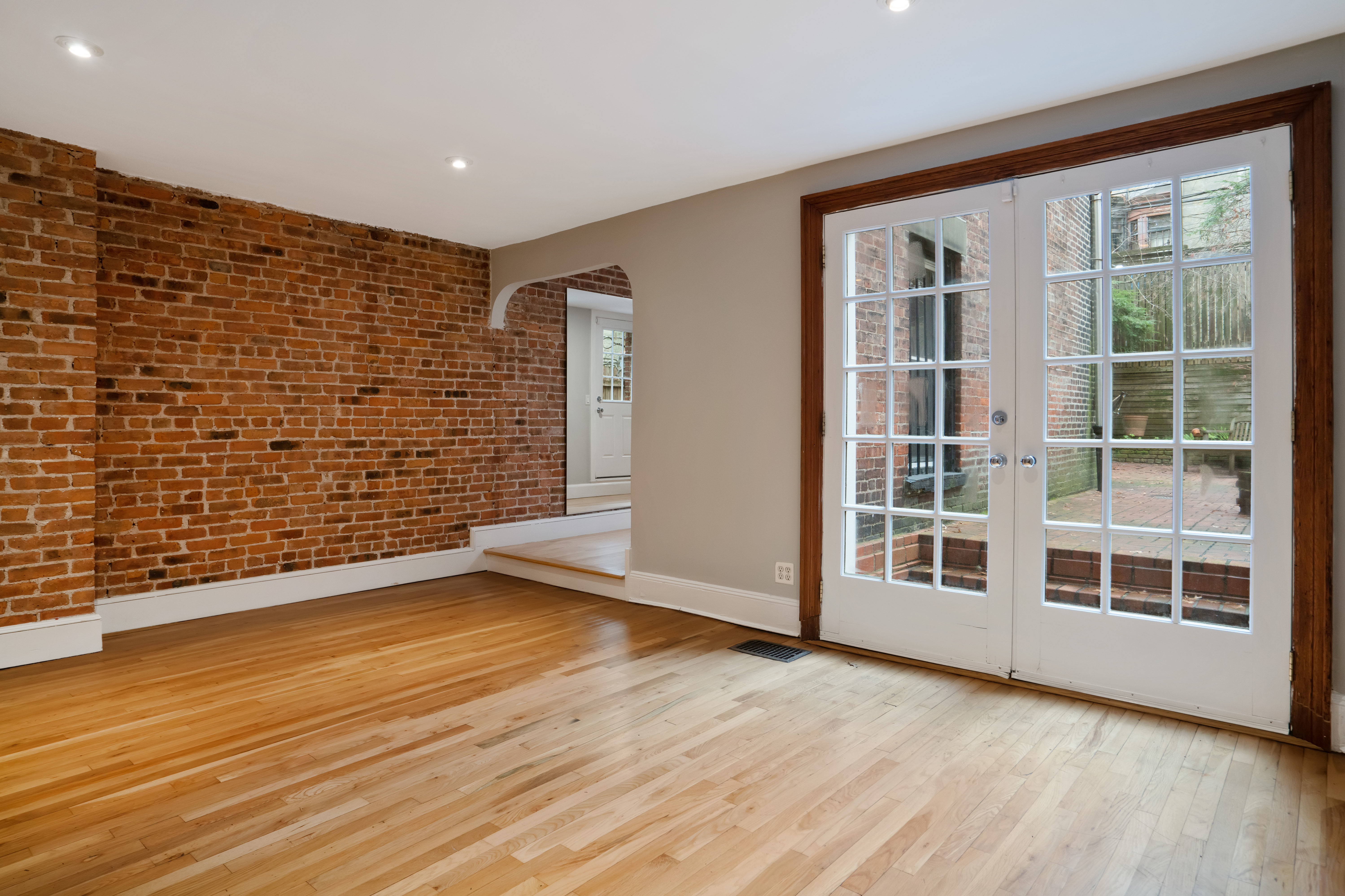 594 2nd St Photo 15 - BROWNSTONER-LISTING-47512a55ccfbbeb19b0a8fb315f62163