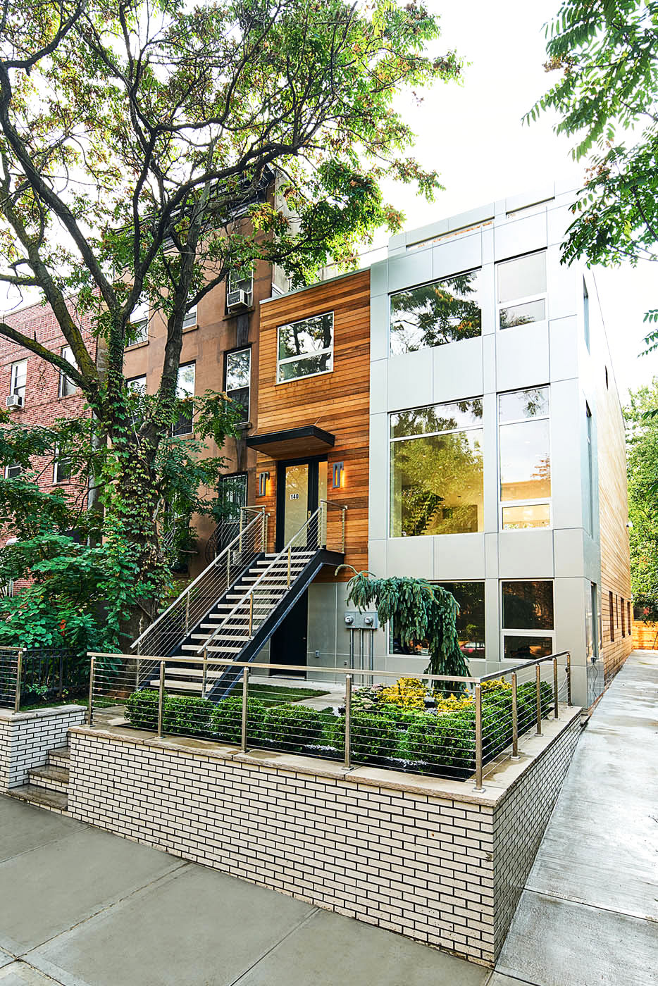 140 Clinton Ave Photo 0 - BROWNSTONER-LISTING-94c55438a96b3a0cf2c748d9935adf82